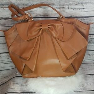 Like new Just Fab large bow tan shoulder handbag